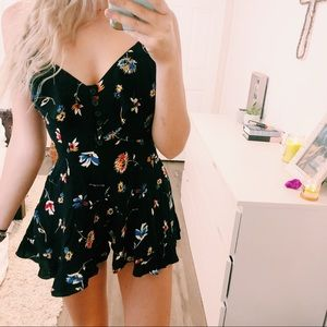 Urban Outfitters Floral Romper Open Back Size 2